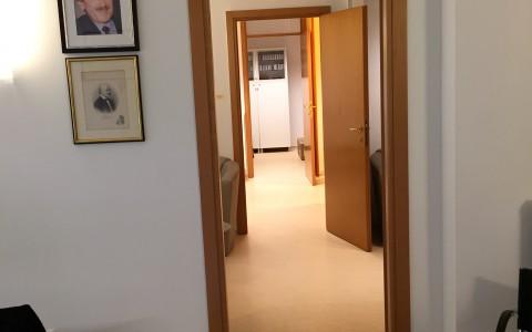 007 Folyosó